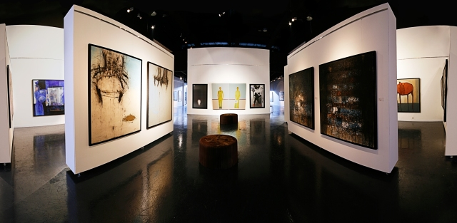Бар-галерия на Никълъс Спаркс Ayyam-art-center1